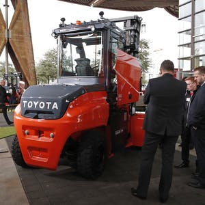 Bild #0 - Toyota Material Handling Europe IS