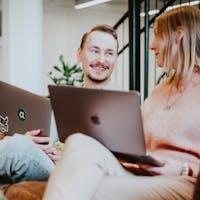 Listningsbild Skicklig och erfaren UX-designer
